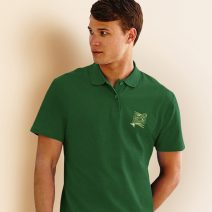 FO3214_1-Polo-Shirt-Screen-Stars-gruen-Logo-Vorderseite-Mann-Herren-maskulin-Knopf-modisch-Bekleidung-Muenchen-Rosenheim-Werbeartikel-bedrucken-bedruckbar.jpg