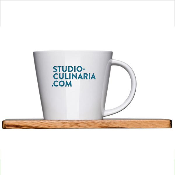 Kaffeebecher 0,30l inkl. Bambusbrettchen (mit Gravur oder Werbedruck)