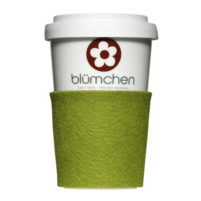 Coffee-to-go mit Filz als Werbeartikel individuell bedrucken