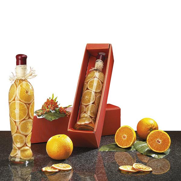 Orangenscheiben in Flasche als Werbegeschenk