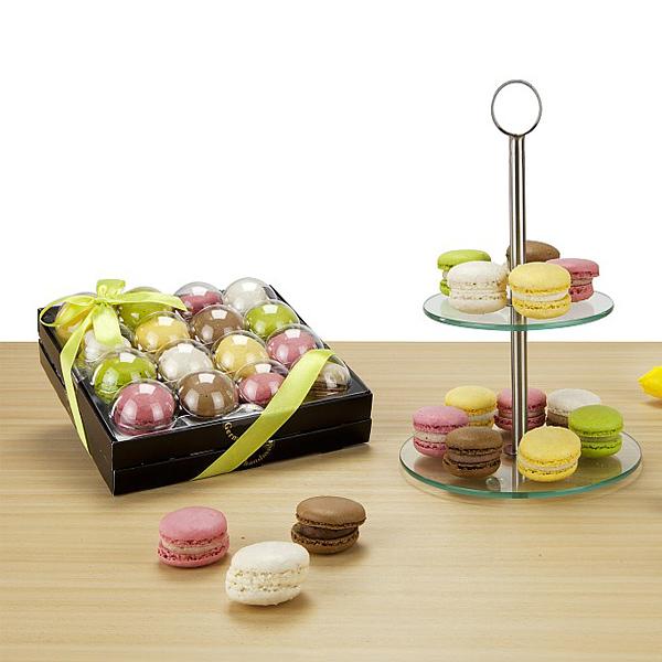 Macarons & Etagere Pralinen als Werbepräsent