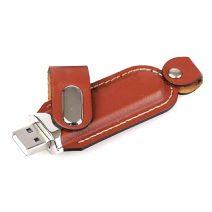 Leder-USB-Stick-01-mit-Verschluss-werbemittel-werbeartikel-rosenheim-muenchen.jpg